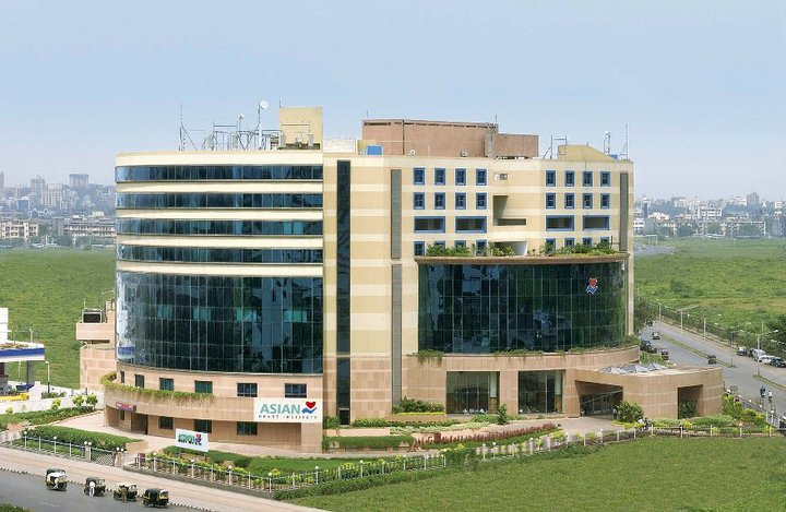 Asian Heart Institute and Research Center, Mumbai